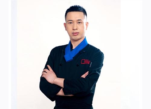 赵荣-高级西点师、裱花师